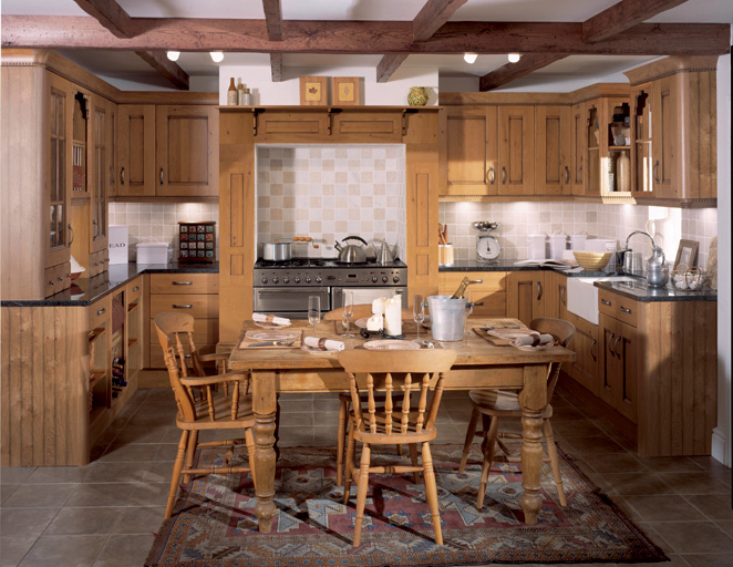 Beautiful traditional kitchens in peterborough abbeywood for Traditional kitchen